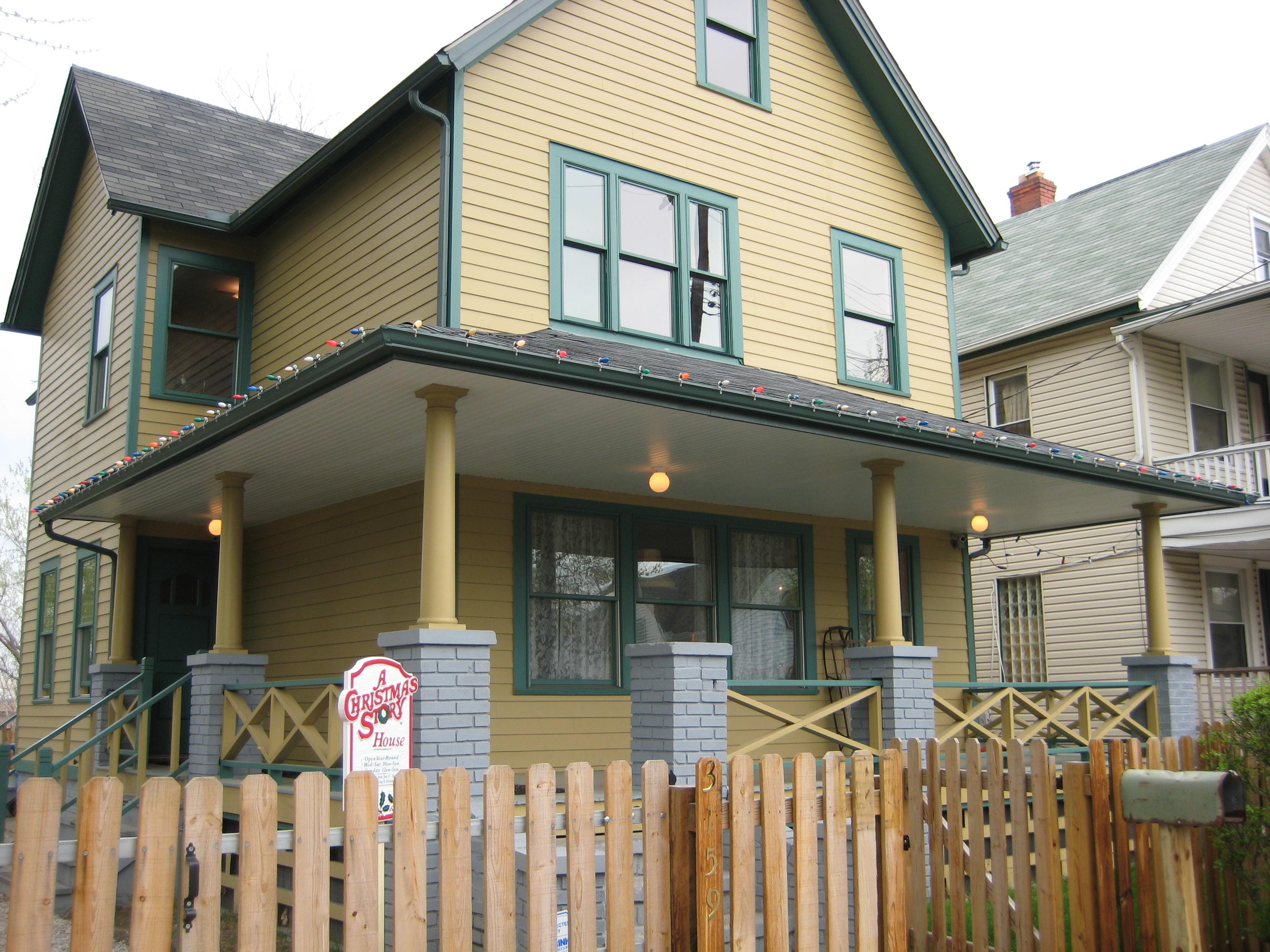 Famous Movie Houses: A Christmas Story House